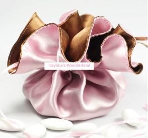 Μπομπονιέρα Ροζ και Καφέ Σατέν Τσαντάκι