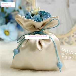 Μπομπονιέρα Πουγκί Σατέν με Λουλούδια & Κορδέλα - Μπλε