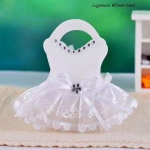 Μπομπονιέρα Φορεματάκι σε Τσάντα Λευκό