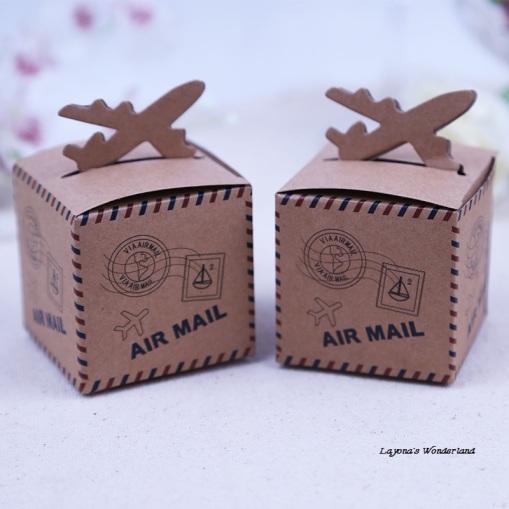 Μπομπονιέρα Ταχυδρομικό Αεροπλάνο ΚΩΔ: GR0126