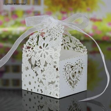 Μπομπονιέρα Ρομαντικό Κουτάκι Λευκό2