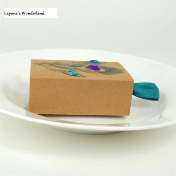 Μπομπονιέρα Κραφτ Παγώνι-4