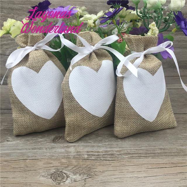 Μπομπονιέρα Γάμου Πουγκί Λινάτσας Καρδιά
